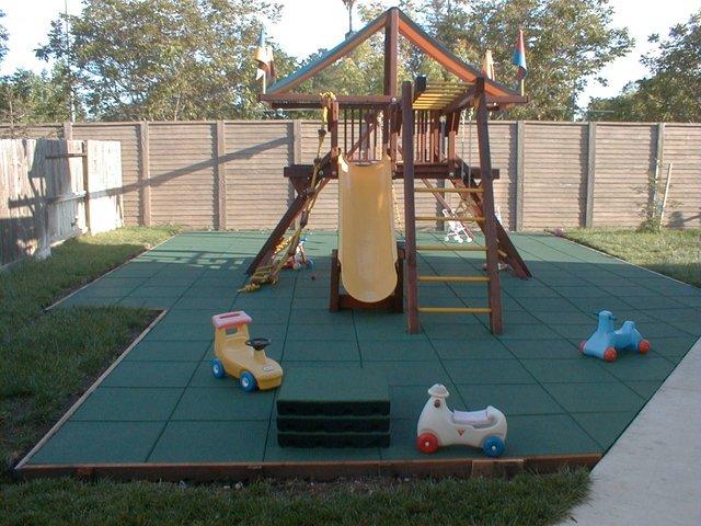 Kindvriendelijke tuin afgebakend -