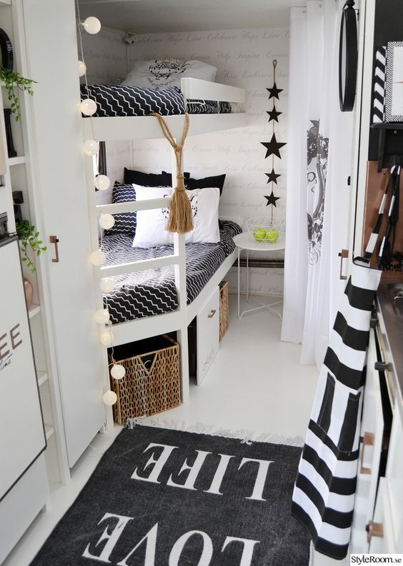 camper interieur 25 idee n mamasopinternet. Black Bedroom Furniture Sets. Home Design Ideas