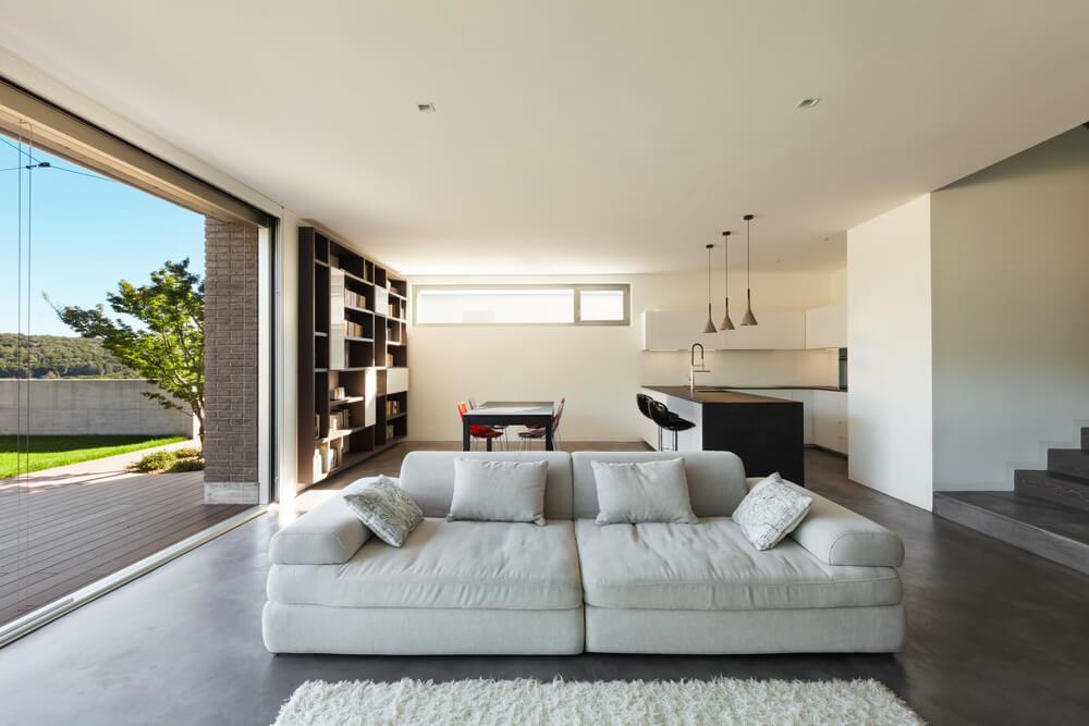 Grote moderne woonkamer mamasopinternet