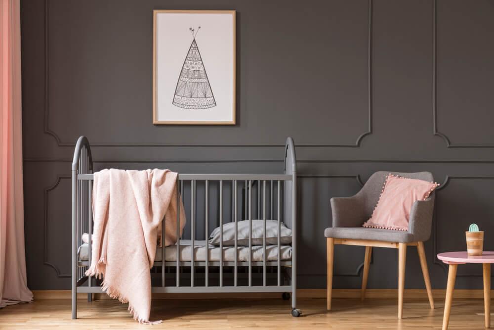 Kinderkamer Roze Grijs : 10 voorbeelden van een prachtige roze babykamer! mamasopinternet